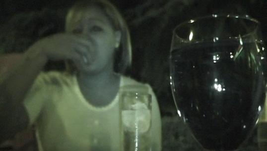 Os presento a una latina buscona que conocimos en una terracita de Madrid