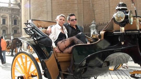 Españoles por España capítulo 3: Elvis y Amanda, dos actores porno viviendo (y follando) en Sevilla - foto 1