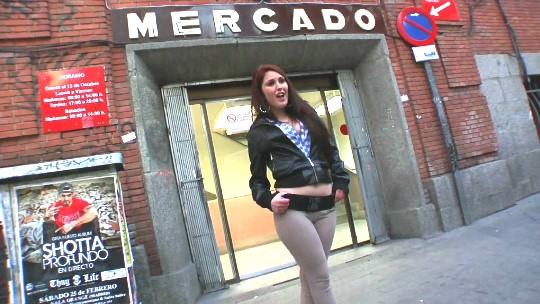 Homenaje a la mujer española: Hannah, buena cocinera, amante de los huevos bien gordos y servicial con su macho - foto 1