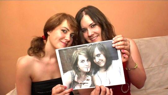 Las HERMANAS DEL PORNO y su bautismo de fuego: bienvenidas al porno chicas! - foto 1