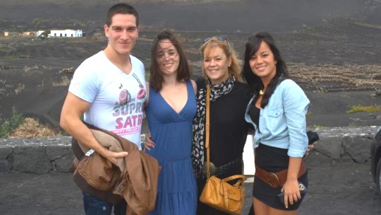La nueva puta es la sobrina Dafne en la familia porno xxx