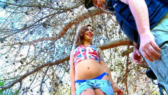 ANAL EXTREMO  y abundante SQUIRTING con Livia Teen - foto 1