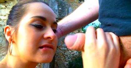 Cuerpo virginal y perfecta golosina, Ashley Woods vuelve a caer en nuestras garras - foto 2