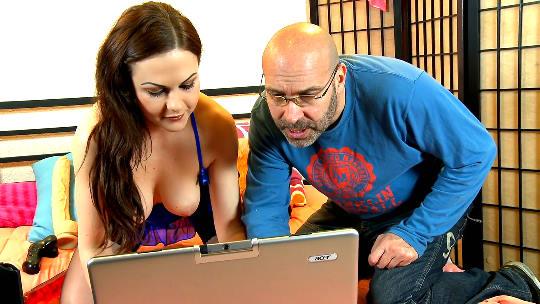 El momento mas Hardcore de Tina Kay en el porno español - foto 1