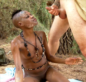 Sexo Zulú con Bianka de la selva. ¿Dr. Kevin White, supongo? - foto 4