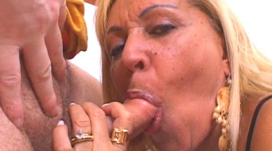 Bárbara Blume ,podría ser tu abuela, pero está tremenda .37:00 minutos - foto 1