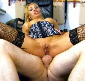 Doble penetración con Ginger Hell, posiblemente la tía más cañera de todo el porno español - foto 4