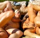Orgías en las playas de Sitges con Angelica Castro y Yessenia Rock - foto 7