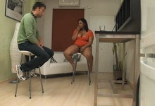 Soy Jeni y quiero dedicarme al porno ¿me dáis una oportunidad?... MIRAD MIS TETAS - foto 2