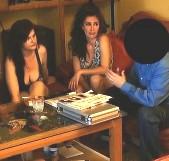 Somos Zazel y Dana y nos hemos marcado una orgía con el comercial de cosméticos... maduras al poder! - foto 2