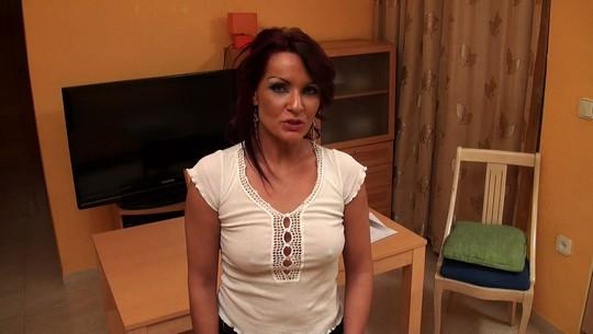 Rebeca Bardem la profesora de ingles que se folla a su alumno