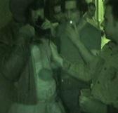 Botellón por las calles de Madrid, ella nos hizo pajas a todos y acabó cayendo