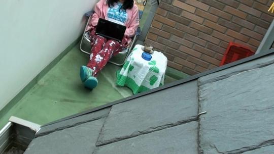 He pillado a la mujer de mi vecino teniendo cibersexo. Saludos desde Oviedo - foto 1