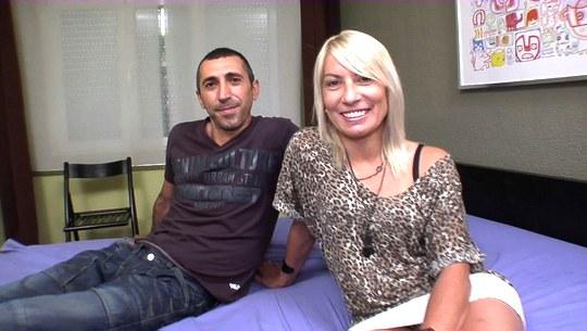 Parejitas: Carol y Chimo, al porno gracias a la crisis inmobiliaria - foto 1
