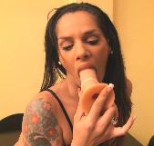 Nika, nacida para el sexo, se enfrenta a dos de nuestras grandes pollazas - foto 2