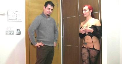 La revancha: Daty la pija que gusta de humillar a los hombres da una segunda oportunidad a nuestro visitante - foto 2