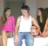 Los Brey disfrutan con Camil en presencia de su marido