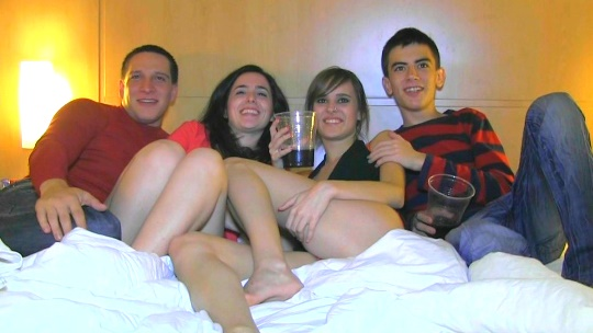 Fieston! la noche más loca de la pandilla FAKIngs: ASÍ ACABAMOS NOSOTROS los festivales. - foto 1
