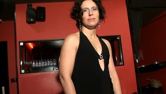 Patricia: era la camarera, se enamoró de nuestro estilo de vida y acabó lamiendo esperma de los sofás - foto 1