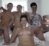 Vanesa Río y tres visitantes de la web