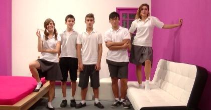 Vuelta a la escuela: presentación de la clase y orgía de bienvenida - foto 2