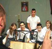 Religión en la escuela de FAKings: cursos prematrimoniales, intercambio de parejas, dar y recibir hermanos
