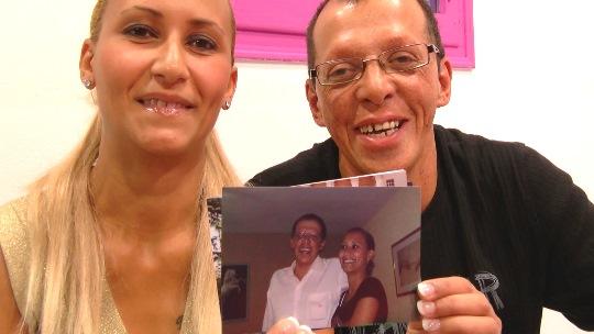 Vende a su espectacular mujer 15 años después: Richard y Mikaela, nuevas experiencias... esto es amor - foto 1